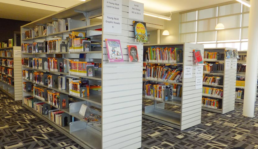 Barrie Public Library Slatwall Display